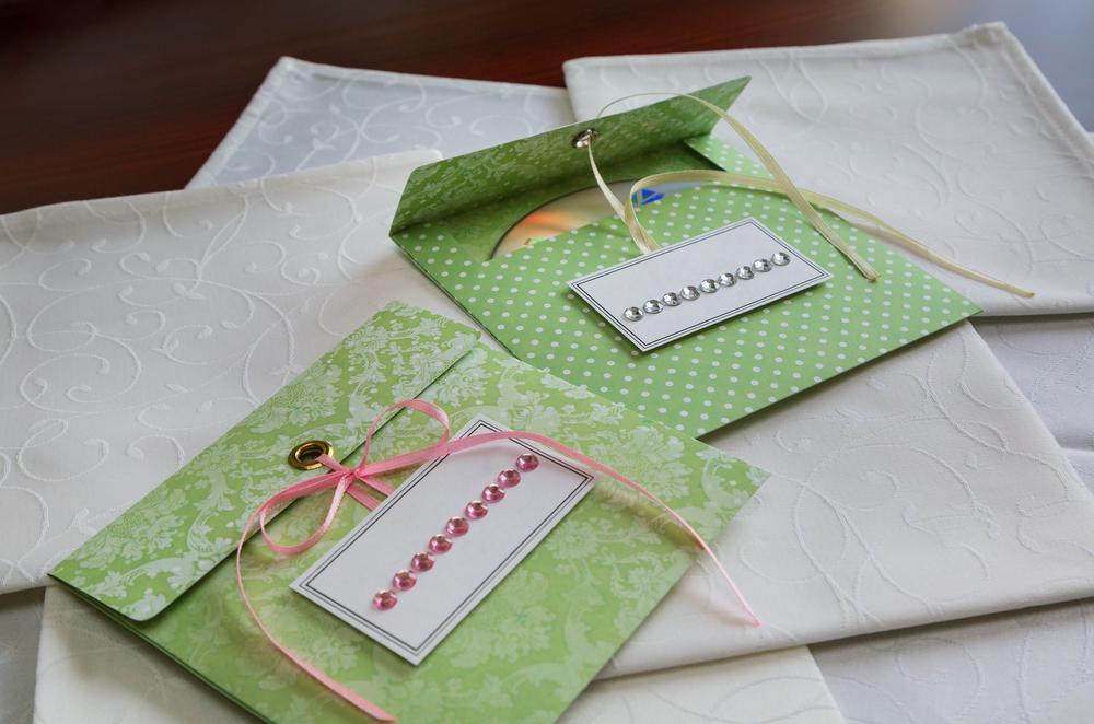 Cds en sobre de cartón para regalo