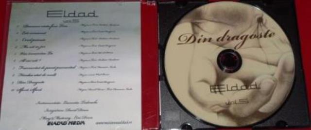 Caja slim cd bandeja negra caratula interior impresa.