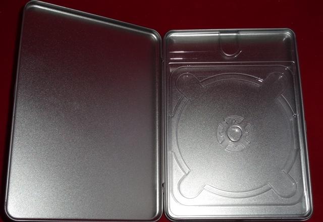 Porta dvd caja metálica.